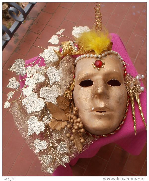 Grand Masque Vénitien En Platre - Sculptures