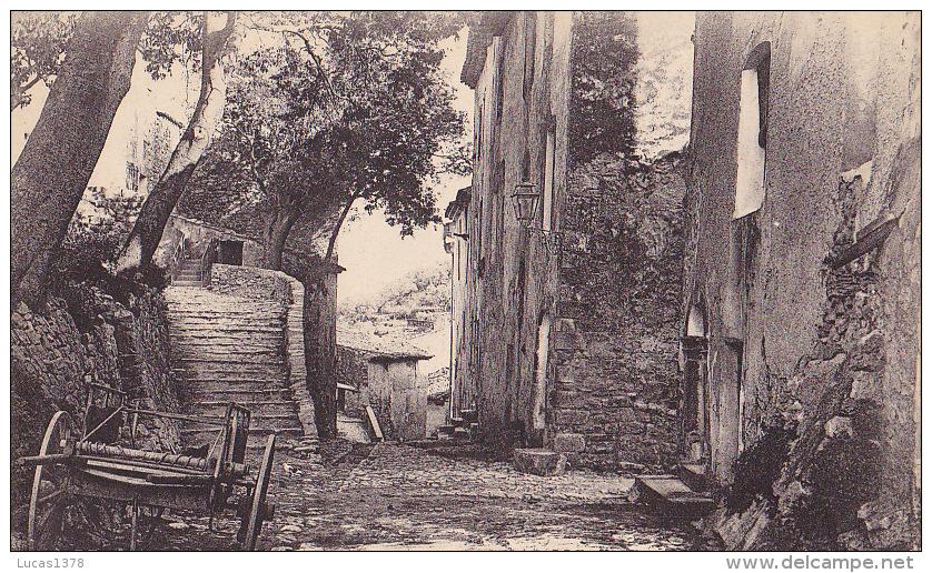 83 / SOLLIES VILLE / LA RUE CENTRALE / MONTEE DE  EGLISE - Sollies Pont