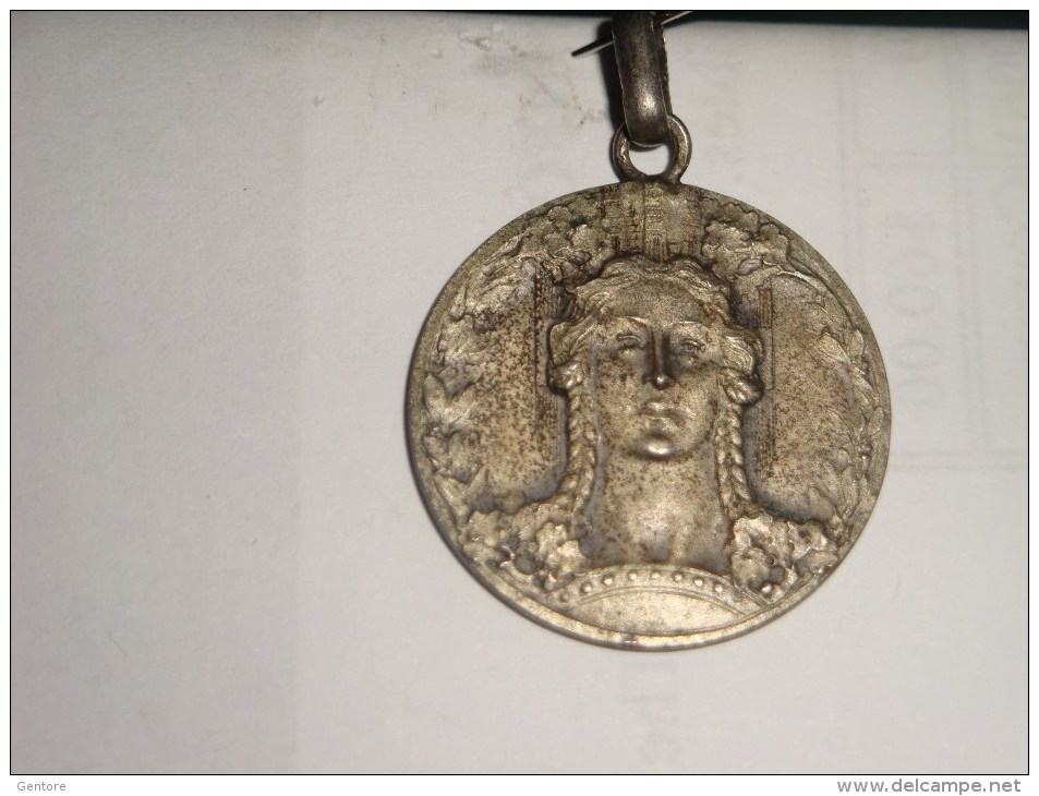 1900 Silver  Medal Of ITALIA TURRITA  Diameter 24 Mm  Weigth 5 Grams - Italien