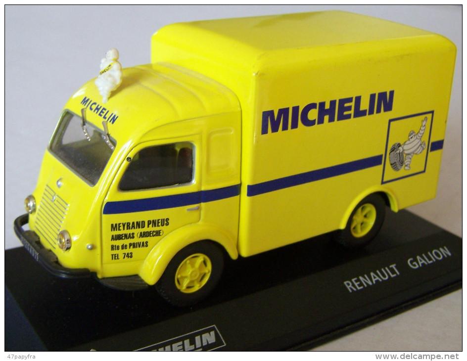 VOITURE Collection MICHELIN Saviem SG2 éch 1/43ème TBE - Coca-Cola