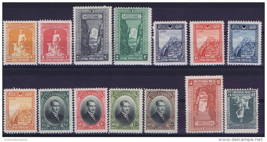 Turquie / Turkey: 1926  Isf 1158-1171  Mi 843-856   MH/*  10 Pa + 3 Ghr Are Not Used (*) - Nuovi