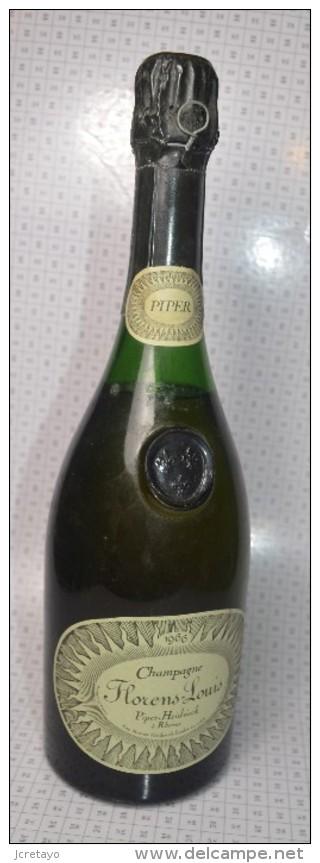Champagne De Collection FLORENS LOUIS, PIPER HEIDSIECK à RHEIMS, Grosse Cote, Capsule Non Découverte - Champagne & Mousseux