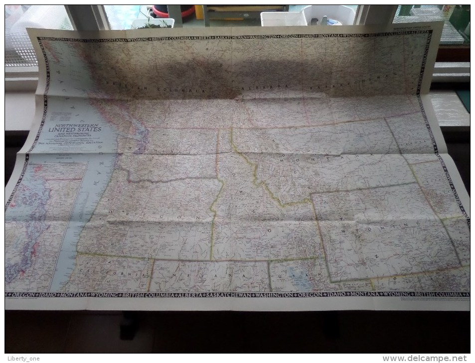 NORTHWESTERN UNITED STATES ( Canadian ) ( National Geographic ) Scale I : 2.500.000 Or 39.46 Miles To The Inch - 1950 ! - World