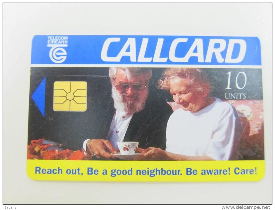 Chip Phonecard,Reach Out,with One Tiny Scratch,used - Irlanda