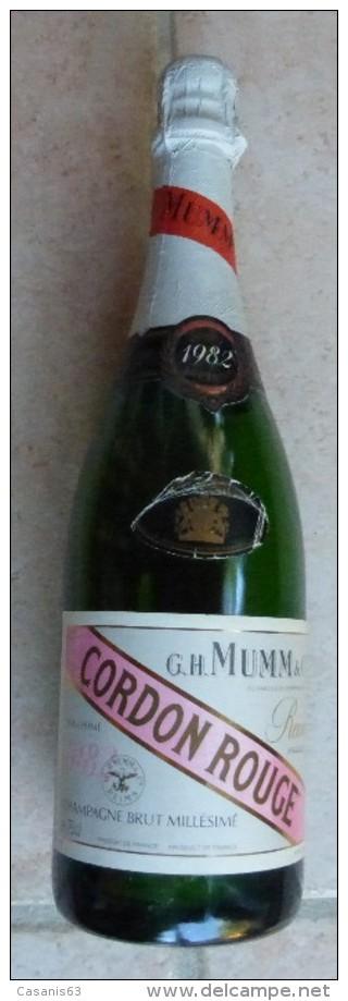 BOUTEILLE FACTICE  - CHAMPAGNE  75 CL  -  G.H  MUMM & Co -  CORDON ROUGE  - MILLÉSIME 1982  REIMS - Champagne & Mousseux