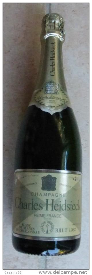 BOUTEILLE FACTICE  - CHAMPAGNE  75 CL  -  CHARLES HEIDSIECK  - BLANC DE BLANC DE CHARDONNAY  -  BRUT 1982 -  REIMS - Champagne & Mousseux