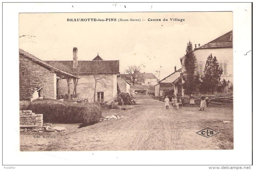 70 - BEAUMOTTE-les-PINS ( Haute-Saône ) - Centre Du Village. - France