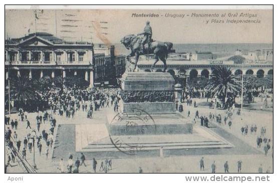.MONTEVIDEO ( Place De .'independence ) - Uruguay