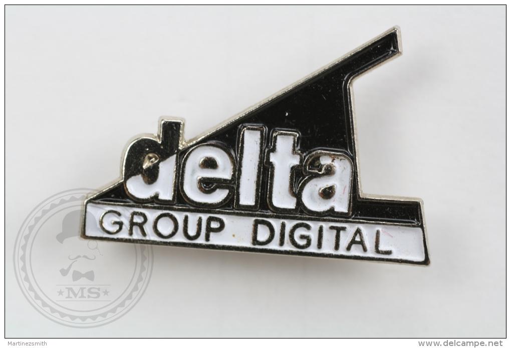 Delta Group Digital - Pin Badge #PLS - Marcas Registradas