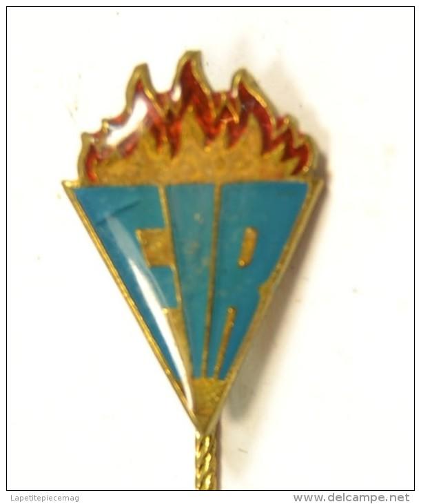 Ancien Insigne / épingle à Cravate FIR F.I.R. Pompier ? Américain ? US ? Anglais ?   à Identifier - Pompiers