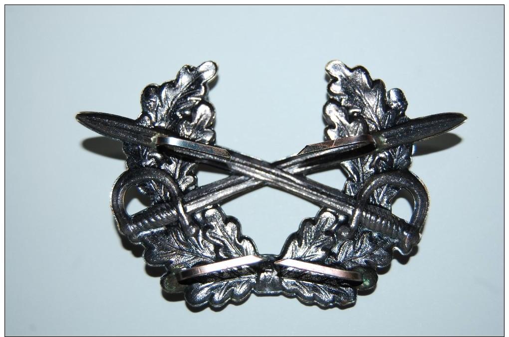 Bundeswehr 1 Original Mützenabzeichen Für Die Offiziers Schirmmütze Beim Heer, NEU - Casques & Coiffures