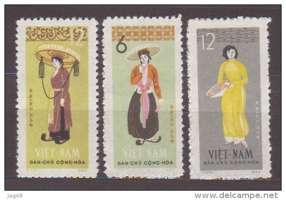 VIETNAM.  1964/Costumes/3v.. MintNH. - Vietnam