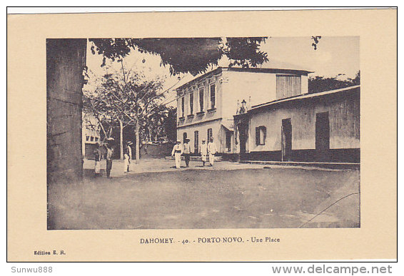 Dahomey - Porto-Novo - Une Place (animation) - Dahomey