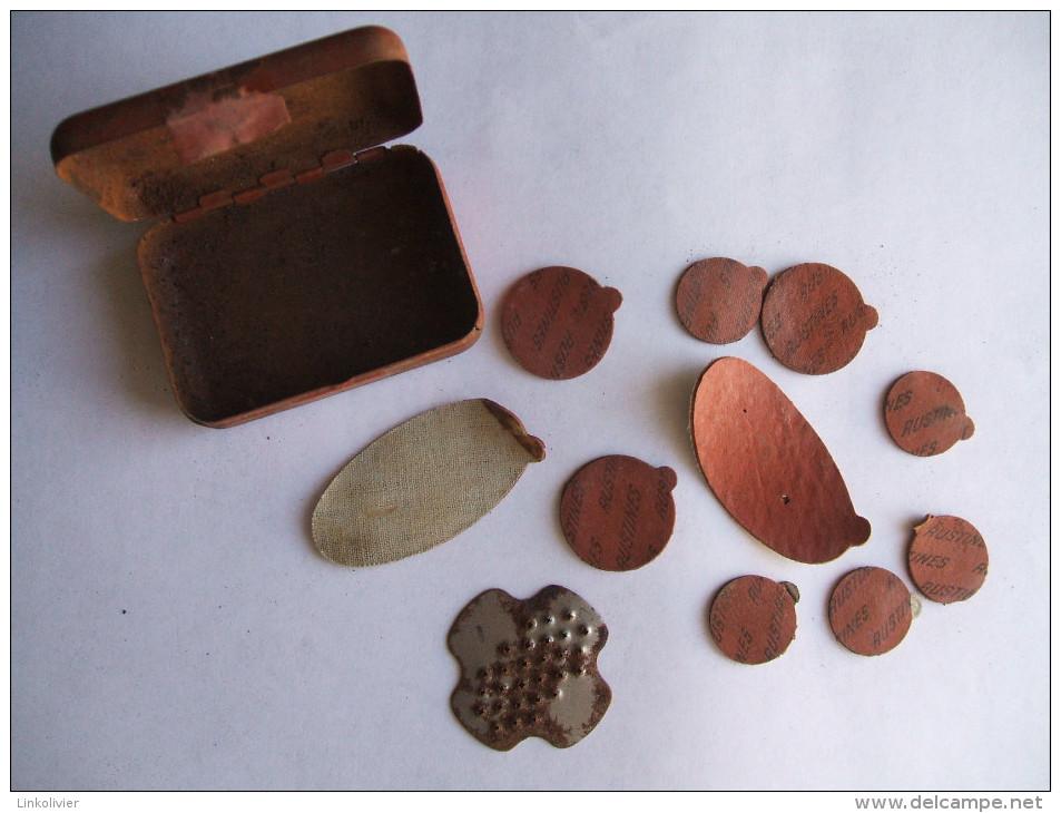 Ancienne BOITE En Métal RUSTINES De VELO Avec Ses Rustines Et Sa Râpe - Boîtes