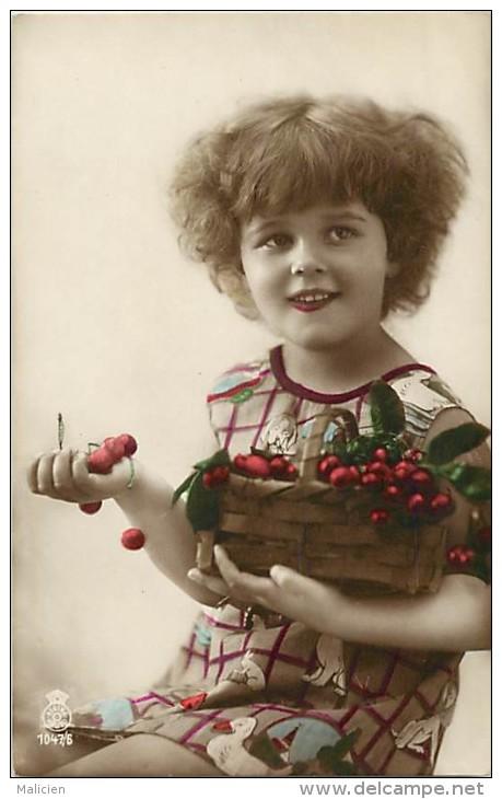Themes - Enfants - Ref 345 - Fantaisie - Portrait De Fillette Avec Panier De Cerises - Fillettes -  Carte Bon Etat - - Portraits