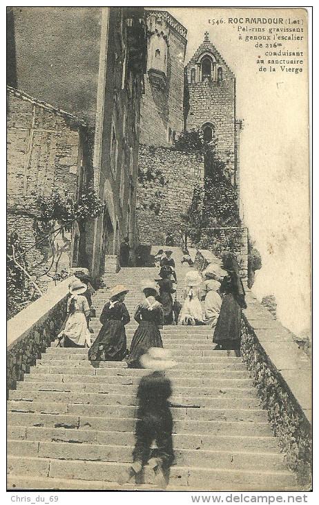 Rocamadour Pelerins Gravissant A Genoux L Escalier De 216m Conduisant Au Sanctuaire De La Vierge - Rocamadour