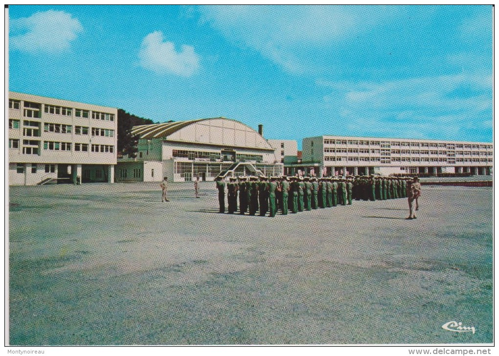 Gironde :  HOURTIN  ;  Centre De  Gestion  Maritime - France