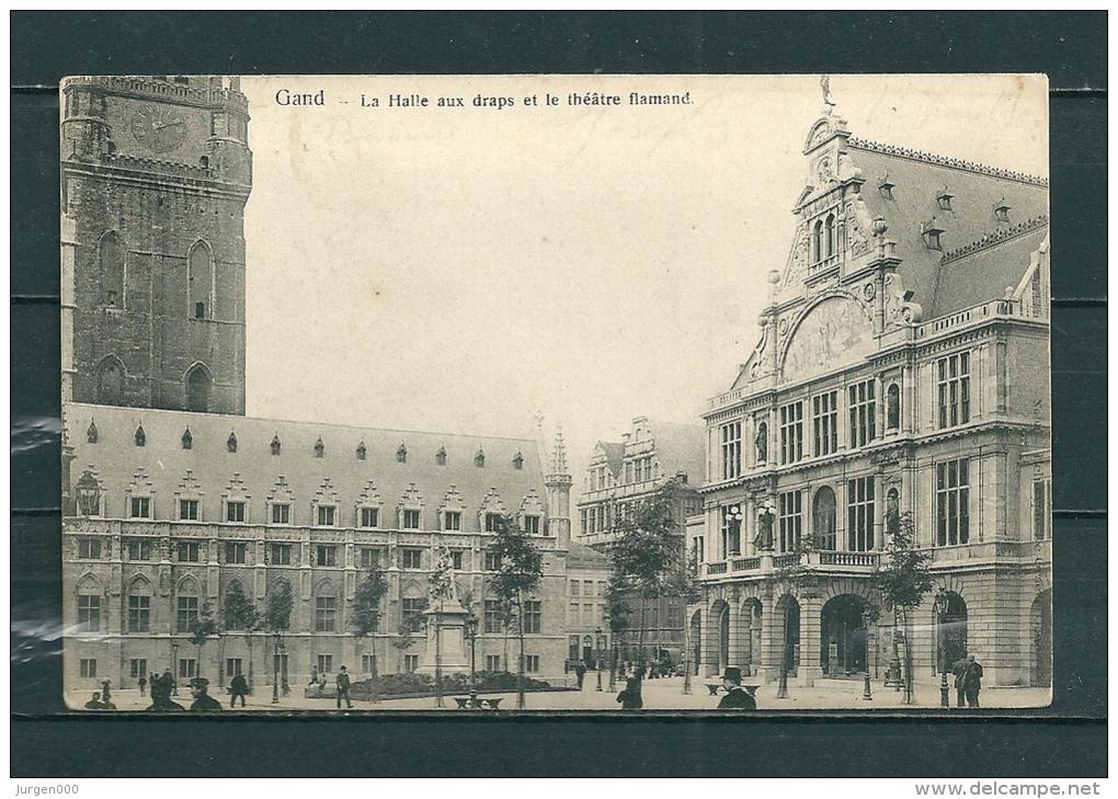 GAND: La Halle Aux Draps Et Le Theatre Flamand,  Gelopen Postkaart  (GA14702) - Gent