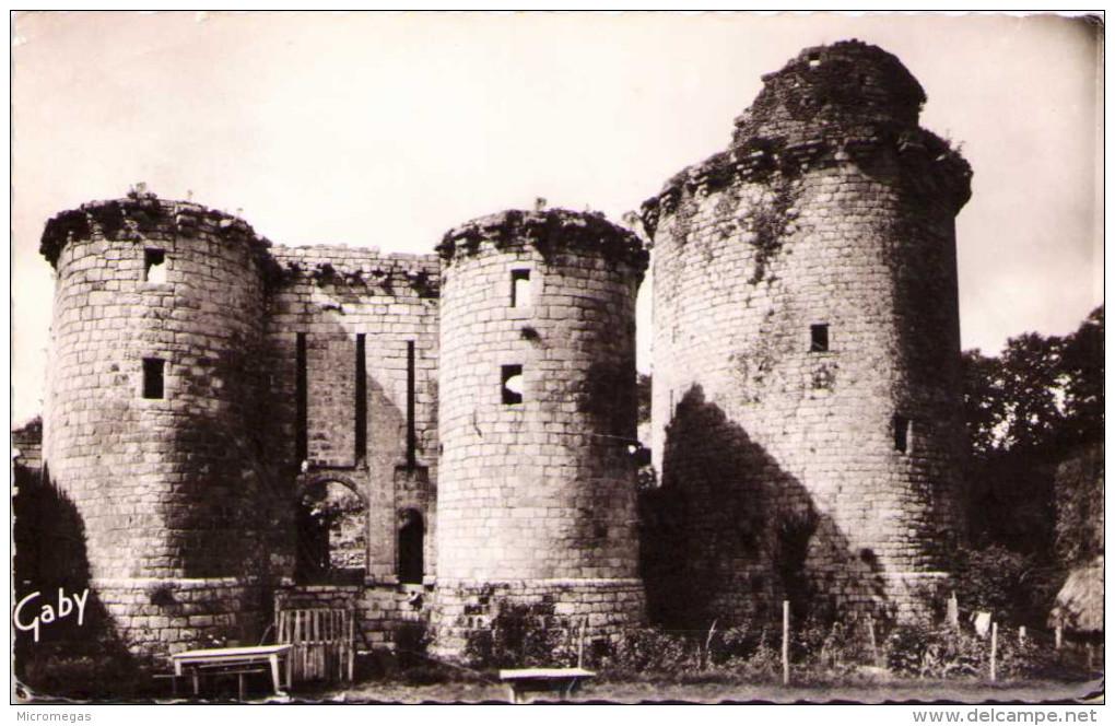 LANNION - Château De Tonquédec - Lannion