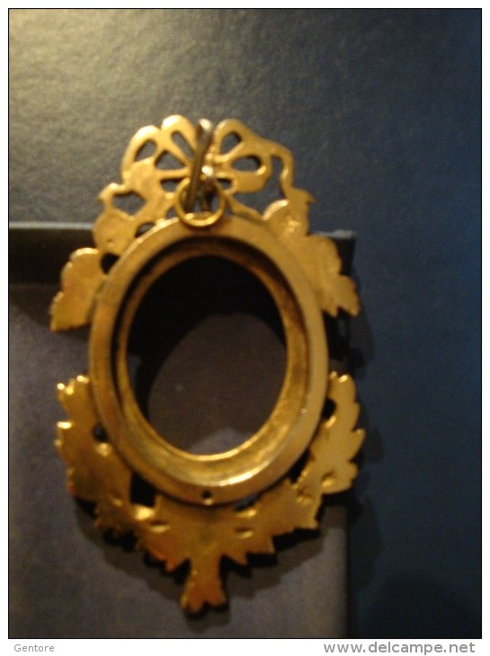 SMALL ARTISTIC BRASS FRAMES - Other Collections