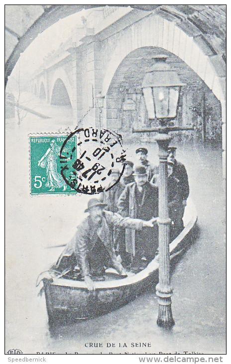 23963 PARIS 12 ARR. Crue De La Seine.Le Passeur Du Pont National Au Pont De Tolbiac -ELD  -lampadaire - - Inondations De 1910