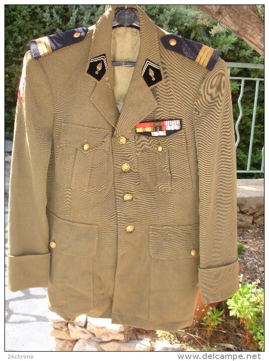 Ancienne Veste D´ Officier Des Transmissions, Ecusson: In Scelus Exsurgo Sceleris Discrimina Purgo - Uniforms