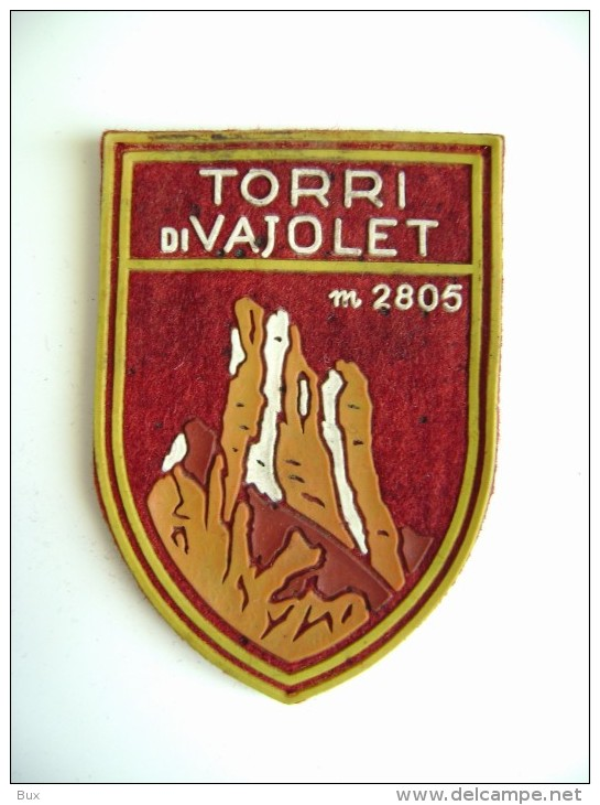 TORRI  DI VAJOLET     VECCHIA  PATCH - TOPPA   TELA  PANNO TESSUTO GOMMA - Ecussons Tissu