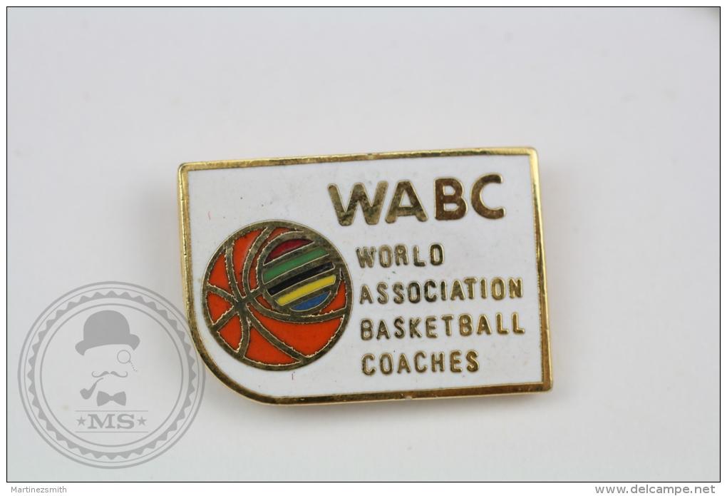 WABC - World Association Basketball Coaches - Pin Badge #PLS - Baloncesto
