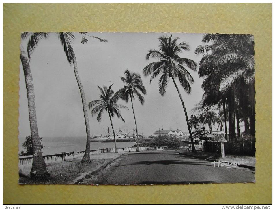 CONAKRY. La Corniche Et Le Port. - Guinée Française
