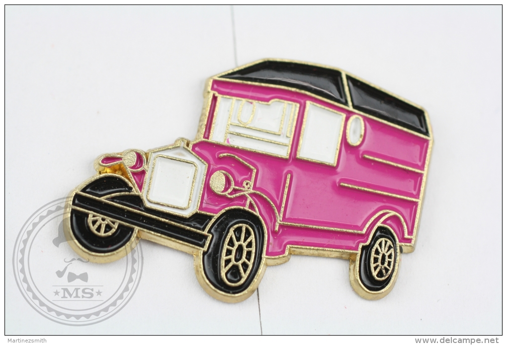 Old Classic Truck Purple Colour - Pin Badge #PLS - Otros