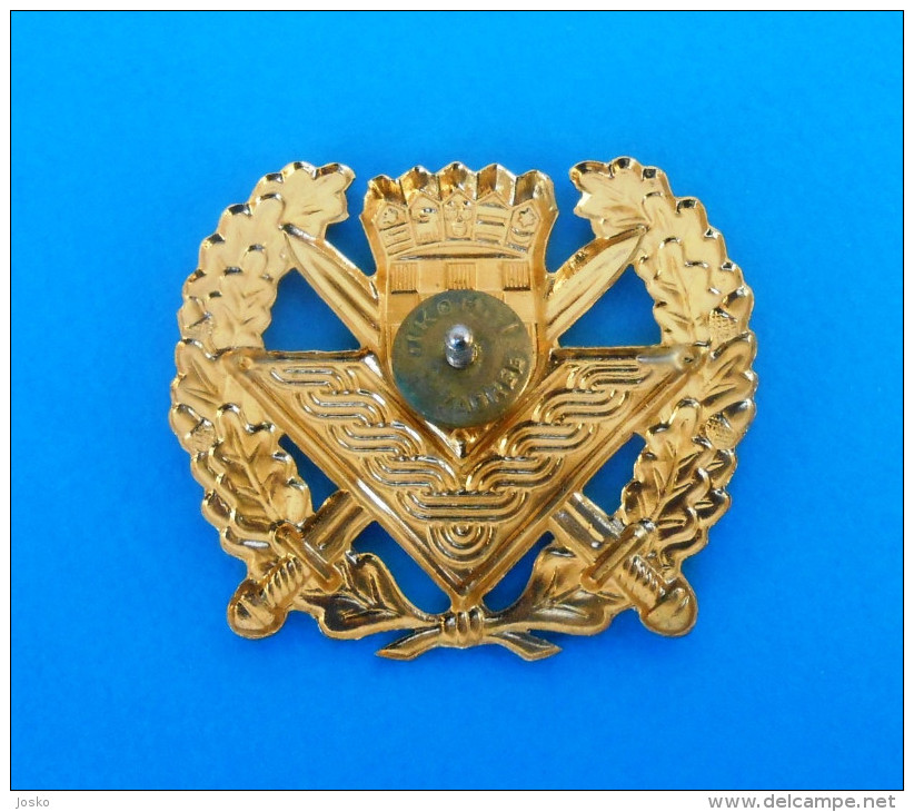 CROATIA ARMY - Large Officers Gilded Hat Cap Badge ( By IKOM Zagreb ) * Croatie Armee Kroatien Croazia Croacia Military - Army