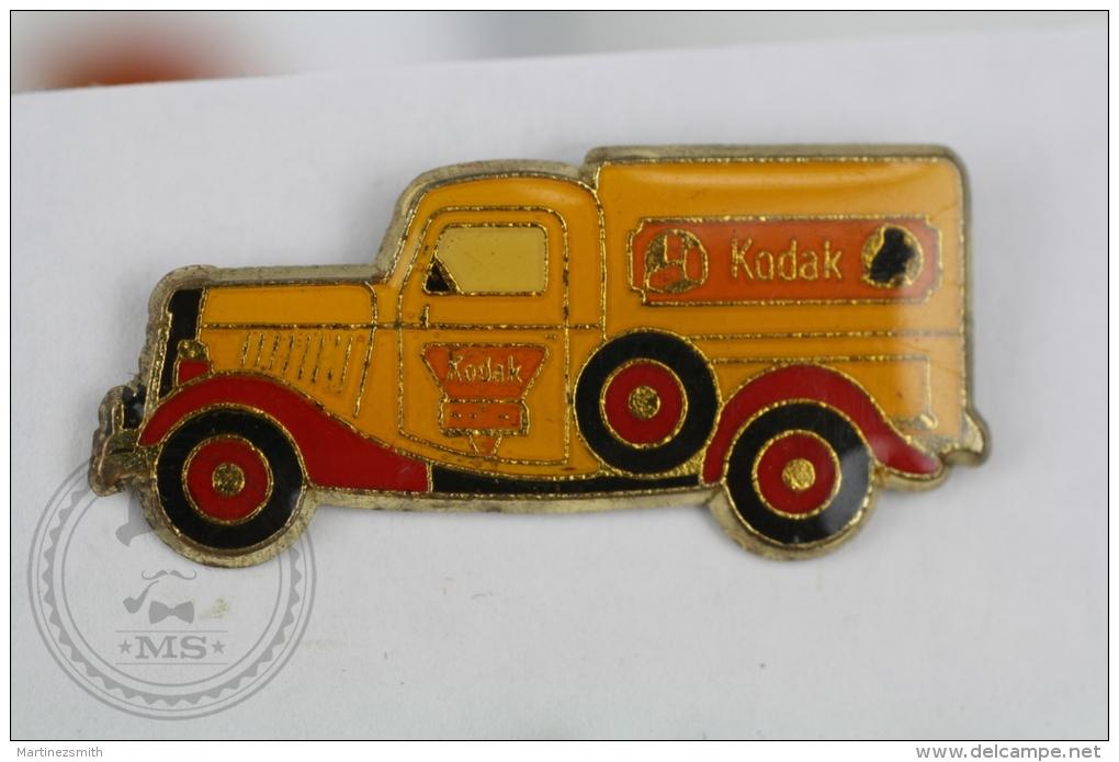 Kodak Old Yellow Truck  - Advertising Pin Badge #PLS - Otros