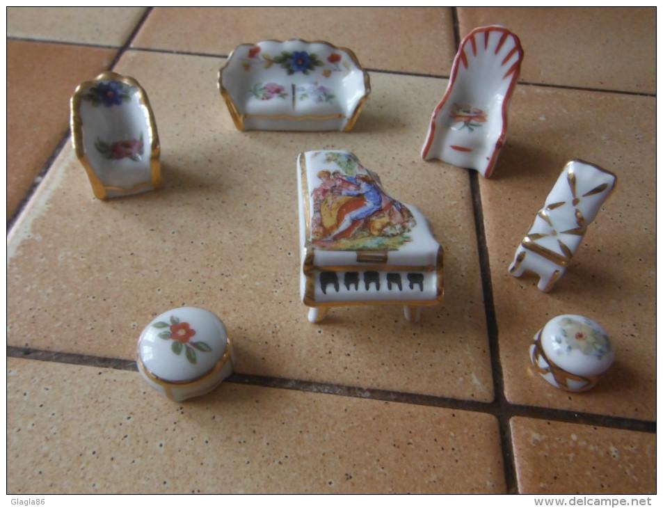 petit mobilier porcelaine de Limoges manque sur la photo 1chaise