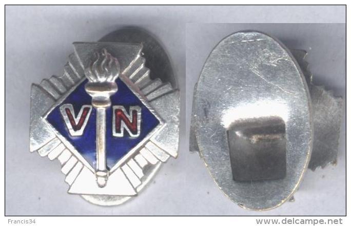 Insigne Des Volontaires Nationaux ( Anciennement Croix De Feu ) - Zonder Classificatie