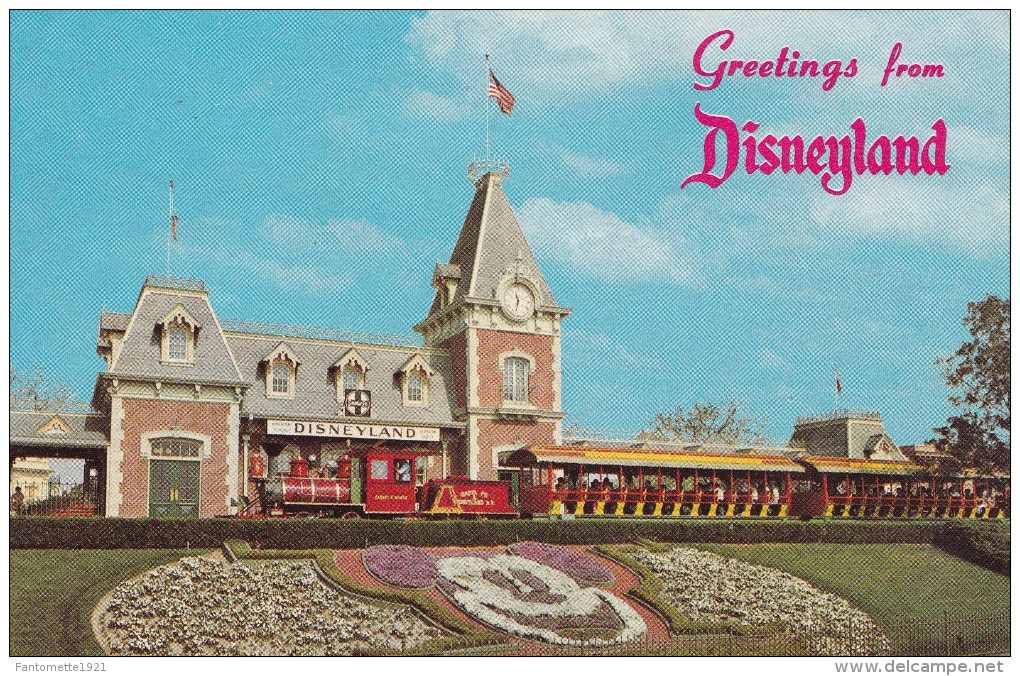 """GREETINGS FROM DYSNEYLAND"" (dill33) - Disneyland"
