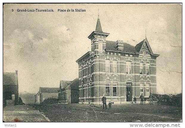 9. GRAND-LEEZ-THOREMBAIS. Place De La Station - Gembloux