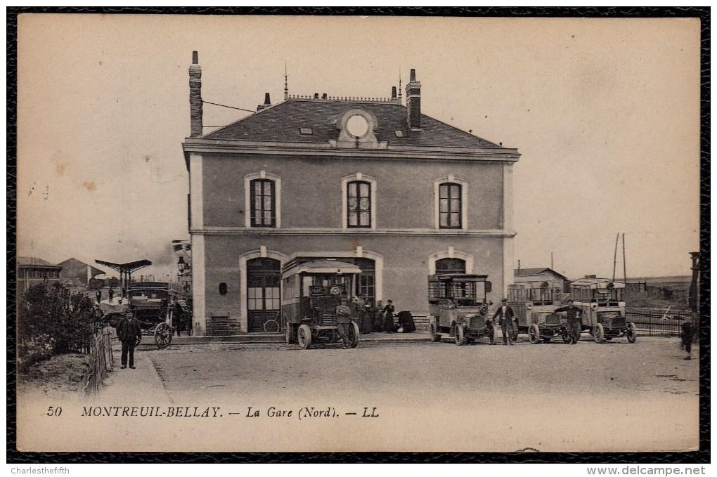 CPA - 49 - MONTREUIL - BELLAY - La Gare - Autobus - Montreuil Bellay