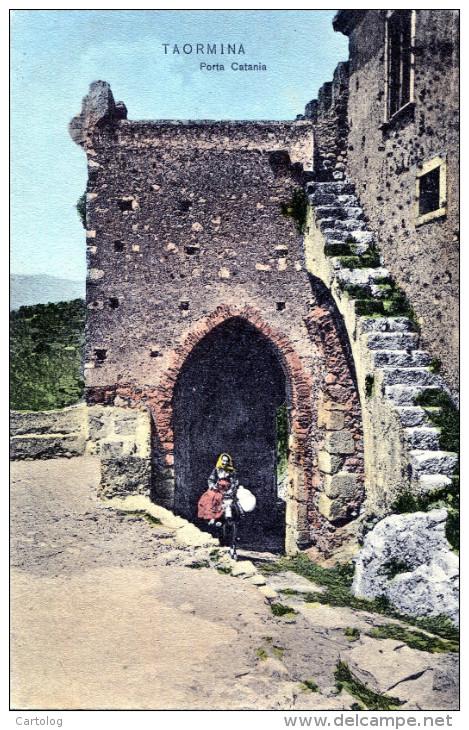 Taormina. Porta Catania - Autres Villes