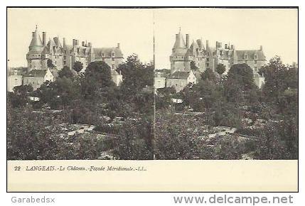 CPA Stéréoscopique De LANGEAIS - Le Château - Façade Méridionale (stéréo N°22). - Langeais