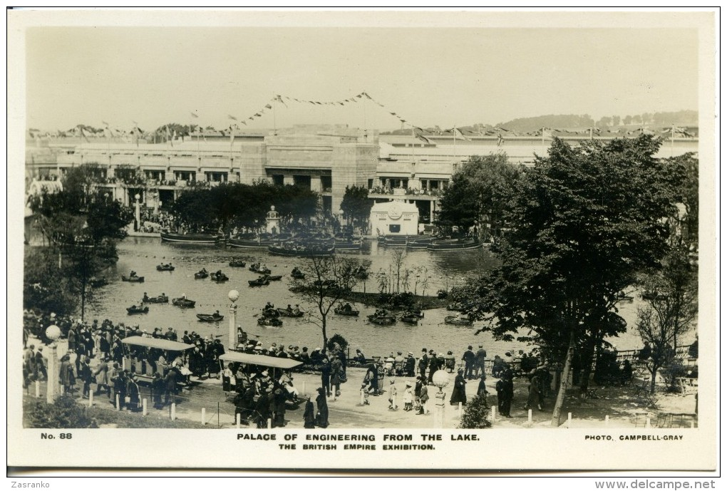 Palace Of Engineering From The Lake - British Empire Exhibition - 1924 - Exhibitions