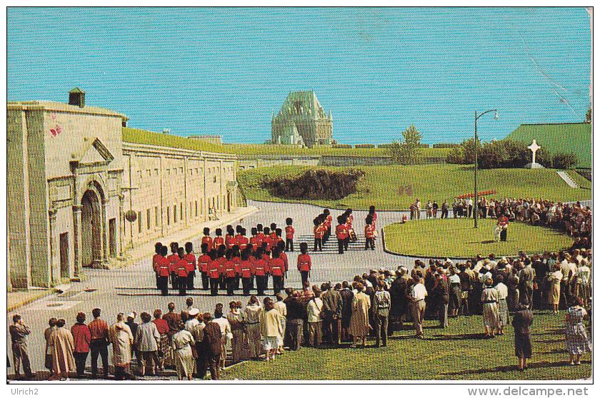 PC Québec - La Citadelle - Changing Of The Guards (9832) - Québec - La Citadelle