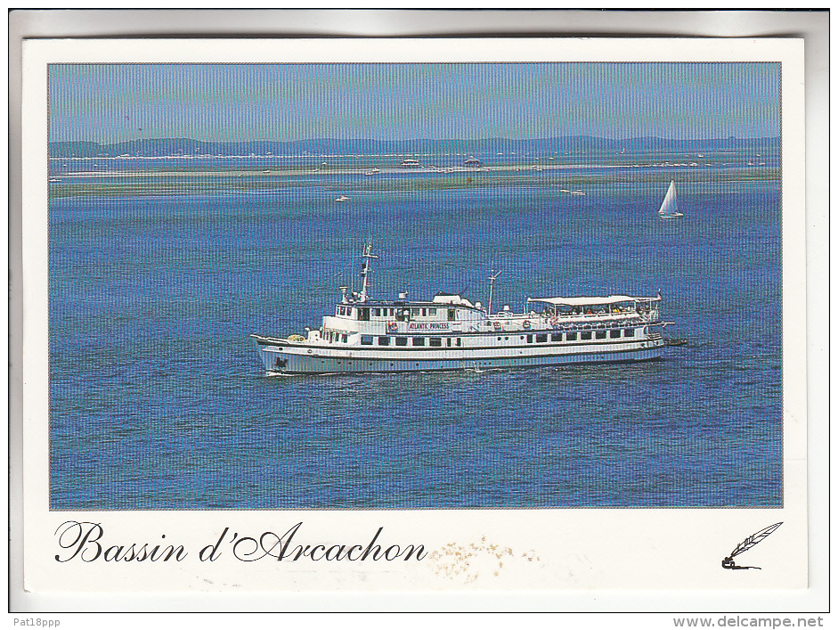 BATEAUX : PAQUEBOT : ATLANTIC PRINCESS Bassin Arcachon Croisière Cotière - CPSM GF - Cruise Ship Kreuzfahrtschiff - Steamers