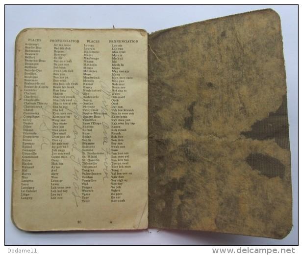 Livre Pour Communiquer En Anglais Et Et En Français    Boston 1944  USNRF  Army And Navy Men - Documents