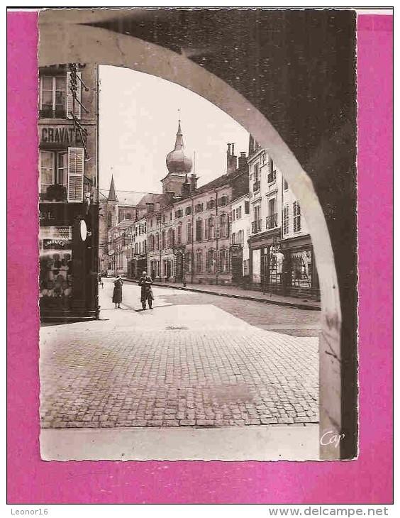 REMIREMONT   -   ** VUE SUR L' EGLISE Et RUE DE LA FRANCHE PIERRE  **    -    Editeur :C.A.P.de Paris   N°87 - Remiremont