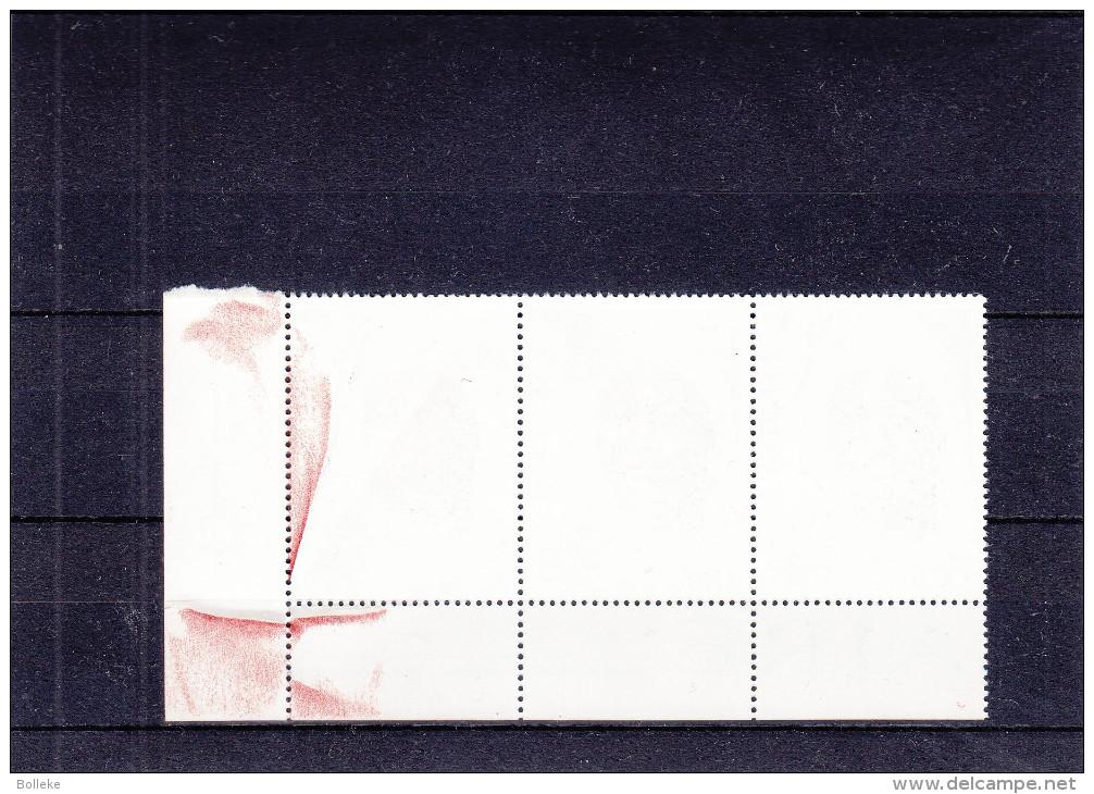 Santé - Infirmière - Zaïre - Timbre Avec Double Surcharge - Rouge Et Noire - Surcharge Déplacée - Zaïre