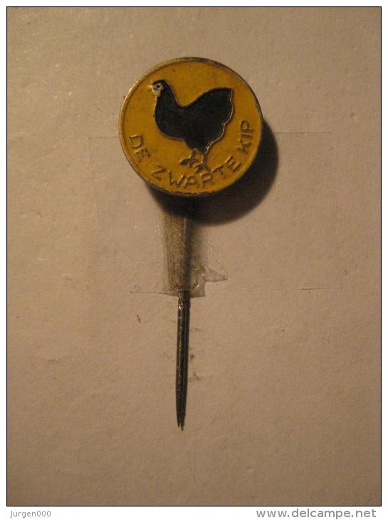 Pin De Zwarte Kip (GA04916) - Animaux
