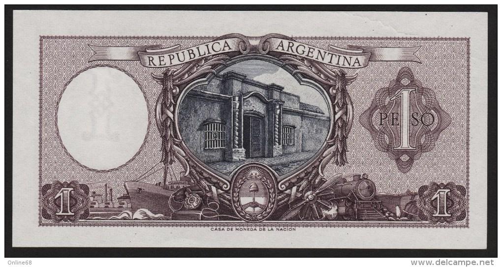 ARGENTINA 1 PESO L. 12.962 & 13.571  SERIE D  P#263b  UNC  Sign. Mazzaferri & Laurencena - Argentine