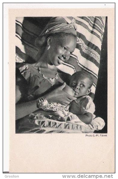 COTE OCCIDENTALE D'AFRIQUE FEMME ALLAITANT - Cartes Postales
