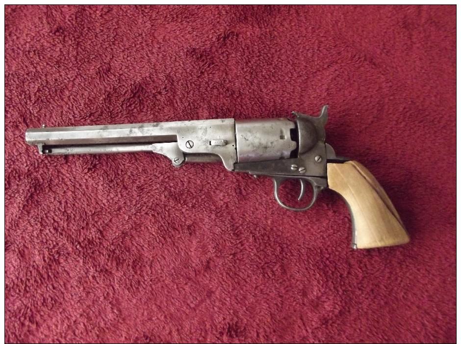 épave De Colt 36  Des Années 1850 Pour Pièces - Armes Neutralisées