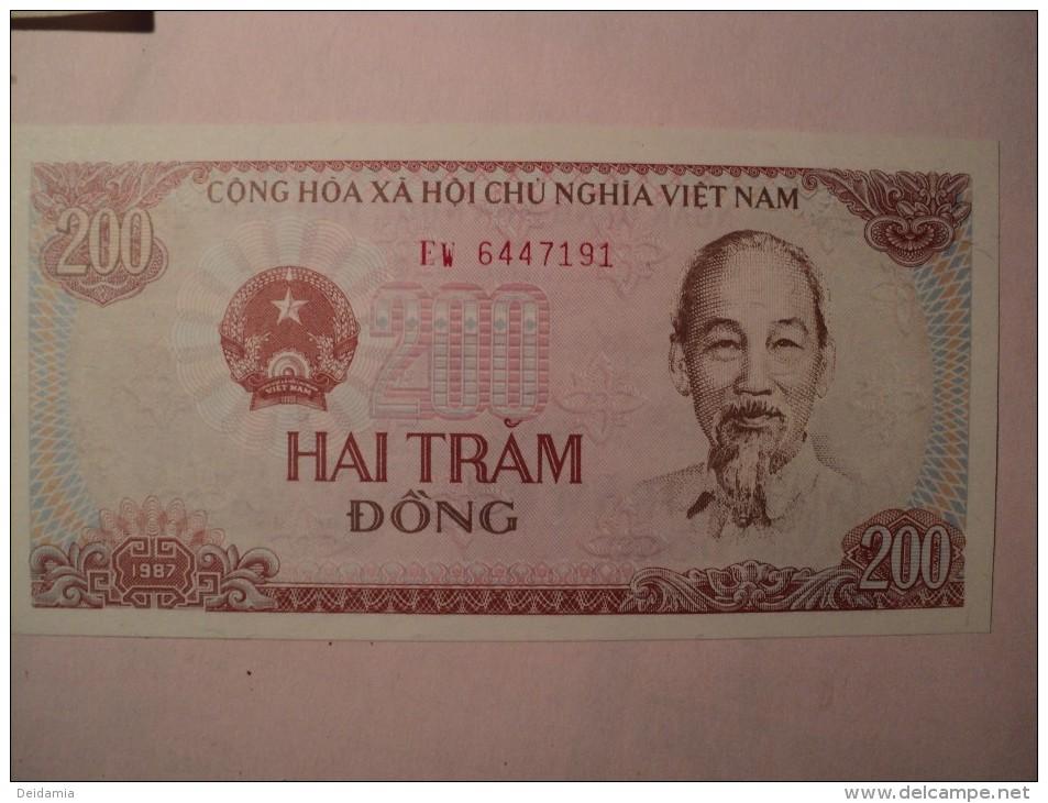 Vietnam   VIET NAM. BILLET DE 200 DONG 1987. HAI TRAM DONG. CONG